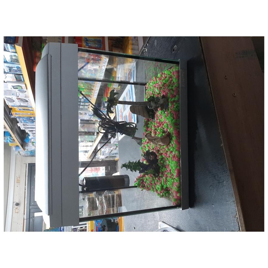 Aquarium superfish 20 l water maat 36x23x35 compleet wat er in zit
